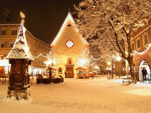 Immagini Natale Neve.Sulle Dolomiti C E Ancora Poca Neve Ma Per Natale E Gia Pienone Meteoweb