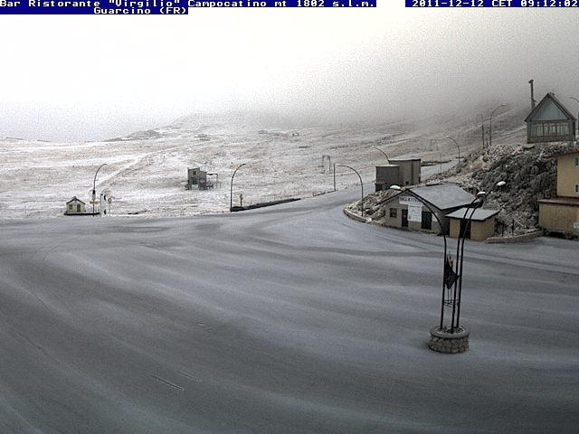 Prime deboli nevicate sull 39 appennino centrale meteo web for Camera diretta
