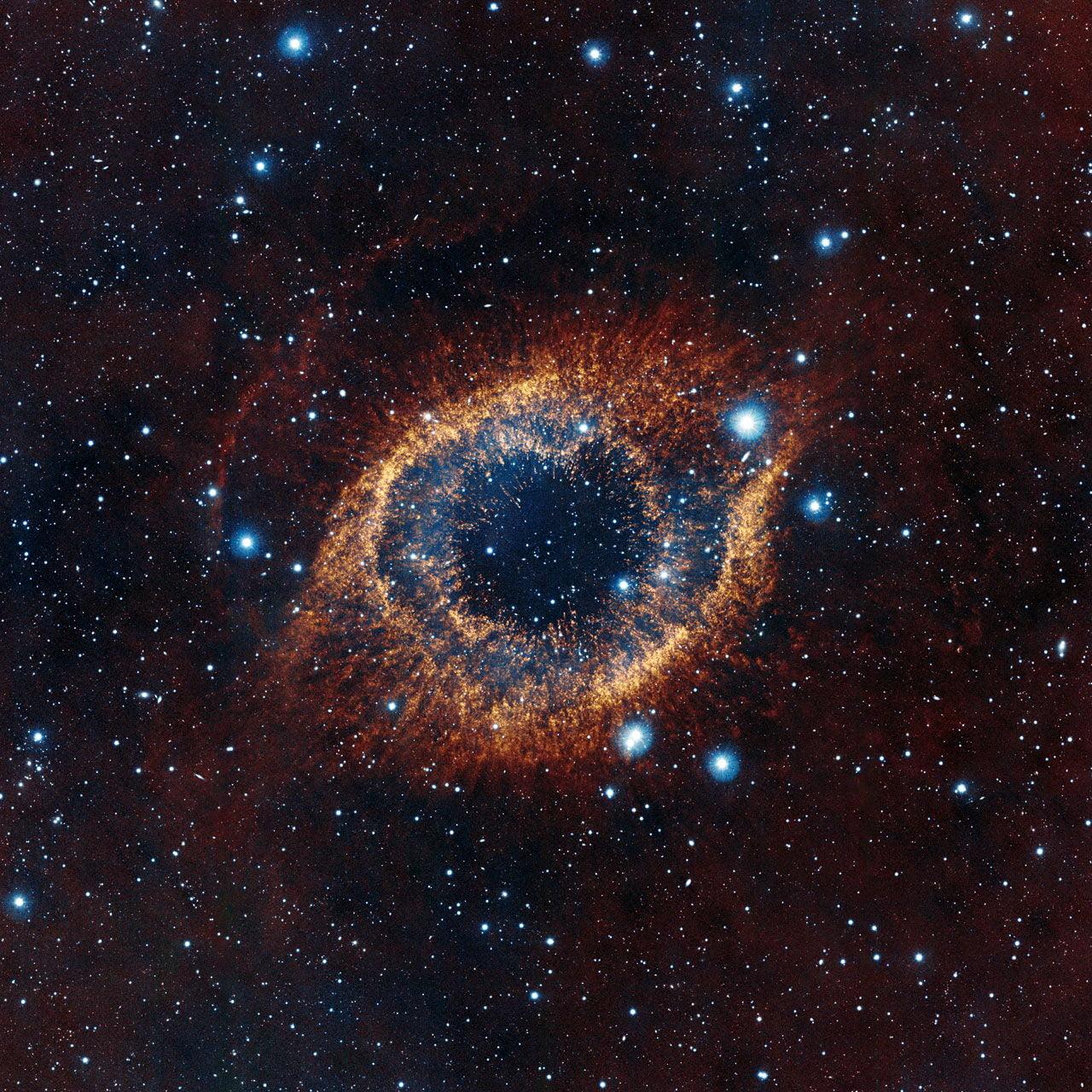 La nebulosa elica una delle planetarie pi vicine alla for Foto galassie hd