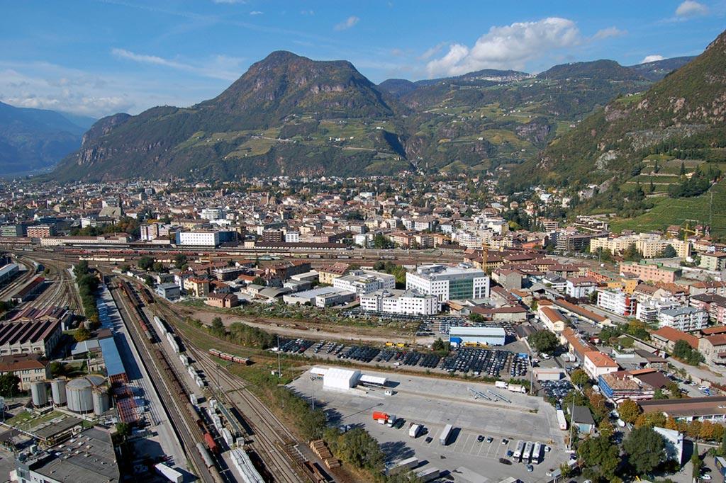 Bolzano red