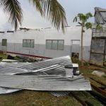 Il ciclone ERINA si abette sulla scuola di Arti e Mestieri di Qulimane_clip_image010