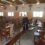 Il ciclone ERINA si abette sulla scuola di Arti e Mestieri di Qulimane_clip_image014
