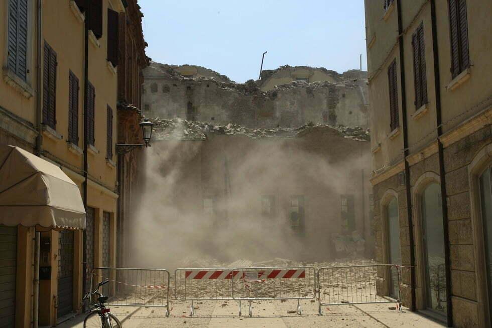Mattarella sui luoghi del terremoto emiliano 5 anni dopo