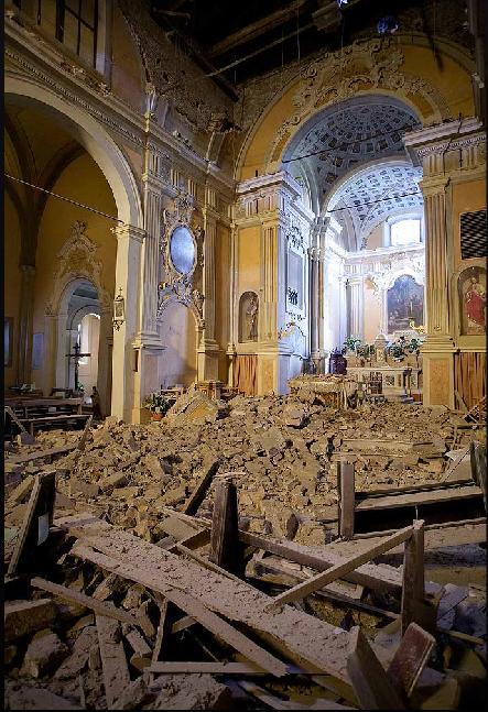 http://www.meteoweb.eu/wp-content/uploads/2012/05/chiesa-di-Fossa.jpg