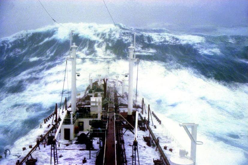 Risultati immagini per onde anomale oceano