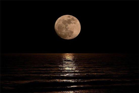 Il 21 Agosto La Seconda Luna Piena Del Mese Che Non Sarà Blu