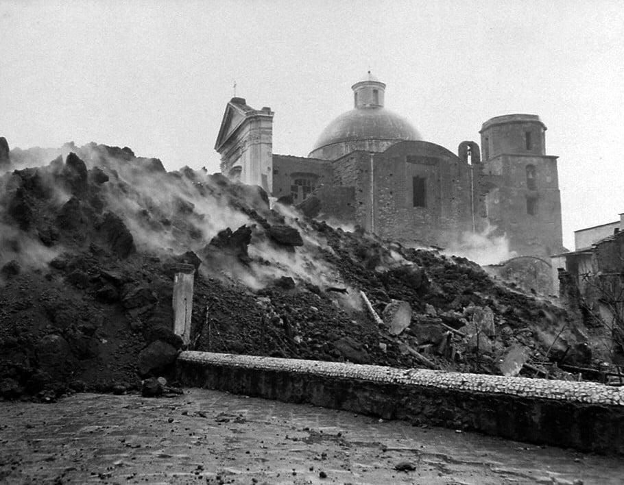 L 39 ultima eruzione del vesuvio nel marzo del 1944 la - Agenzie immobiliari san sebastiano al vesuvio ...