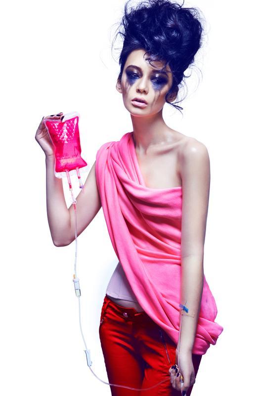 """Il rapporto """"Toxic Threads – The Fashion Big Stitch-Up"""" è disponibile su   ... ef853305d4f"""