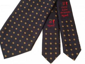 Una-cravatta-salverà-il-mondo-dalla-profezia-Maya-300x225