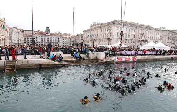 Trieste Natale Immagini.Natale Celebrata A Trieste La Tradizionale Messa Di Santo Stefano