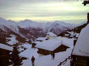 Abbondanti nevicate sono attese sulle Alpi
