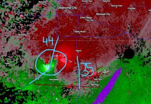 L'impressionante immagine del tornado di Moore ripresa dal radar