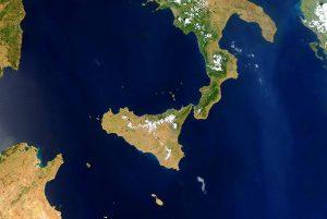 AERONET_ETNA.2013169.aqua.1km
