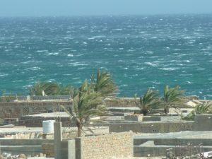 """I venti burrascosi del """"Monsone di SO"""" sull'isola yemenita di Socotra"""