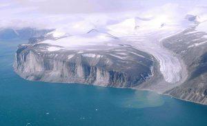 800px-Baffin_Island_Northeast_Coast_1997-08-07