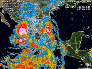 """La tropical storm """"Fernand"""" dopo il """"landfall"""" sulle coste orientali messicane"""