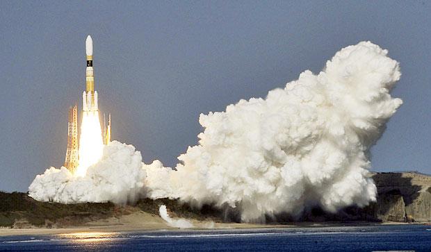 Spazio giappone lanciato razzo h 2b diretto alla iss - Immagini stampabili a razzo ...