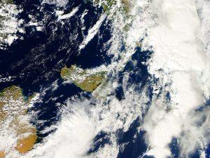 AERONET_ETNA.2013281.aqua.1km