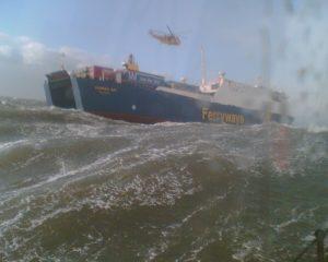 Onde davvero imponenti si alzeranno sul mar del Nord durante la giornata di domani, toccando altezze di 9-10 metri