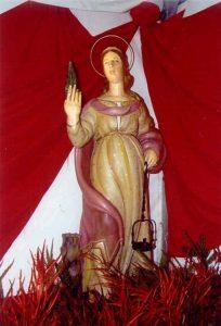 Statua-di-santa-Barbara-a-Campello