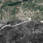 Figura 10:  Urbanizzazione di Torpè e della pianura alluvionale circostante nel 1954 (immagine in basso) e nell'aprile 2011 (immagine in alto). E' evidente che dopo il 1954 c'è stata una limitata occupazione del territorio più basso soggetto ad inondazione, come accaduto il 18 novembre 2013.
