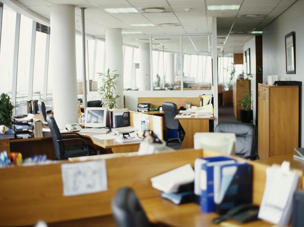 Scrivania Ufficio Occasione : Salute: 5 buoni motivi per trascorrere la pausa pranzo in ufficio