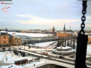 Stoccolma, canale ghiacciato