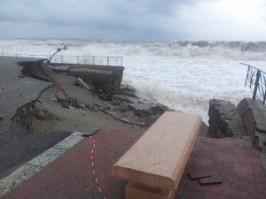 I danni ingenti al litorale di Siderno