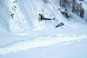 Maltempo/ Veneto: la neve sommerge la montagna nel Bellunese - punto