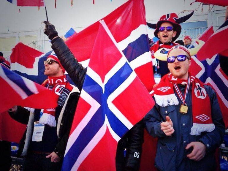 Tifosi Norvegesi al Laura Ski Centre