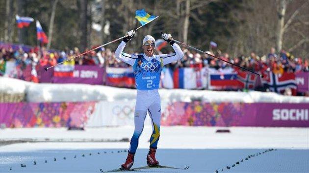 Svezia domina la 4 x 10 km