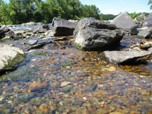 Scienza ecco come vengono levigate le pietre dei fiumi for Pietre di fiume