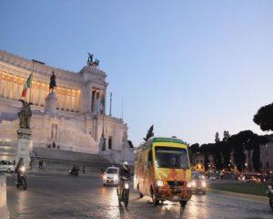 Arancia rossa_Piazza Venezia