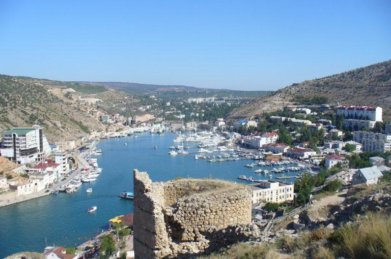 Baia di Sebastopoli, dove sfocia il Cernaia