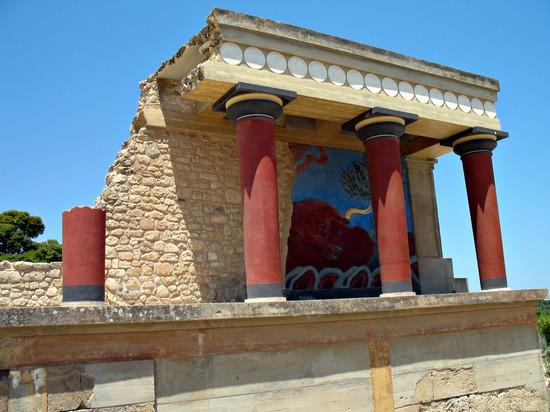 Palazzo di cnosso creta il pi spettacolare tra i for Palazzi davvero grandi
