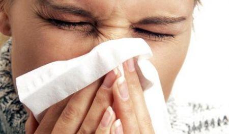 mal di testa allergie