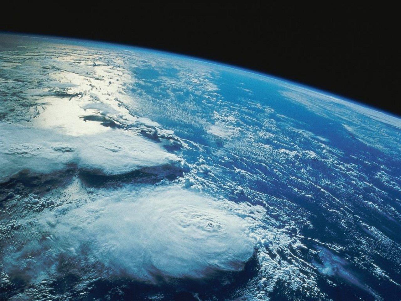 La terra dallo spazio in diretta streaming lo spettacolo for Foto spazio hd