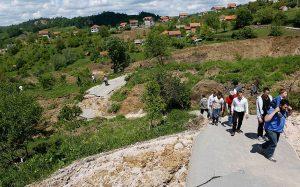 Balkan_floods_land_2915291k