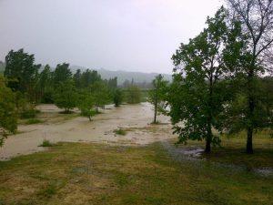 maltempo: area alluvionata nel bolognese a castello di serravalle