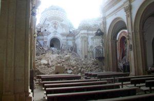 terremoto-iglesia-de-santiago-lorca