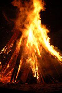 Pyre - Bonfire - Campfire