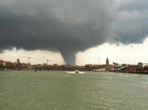 tornado lido 02