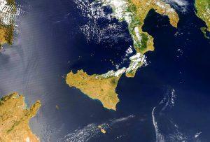 AERONET_ETNA.2014190.aqua.1km