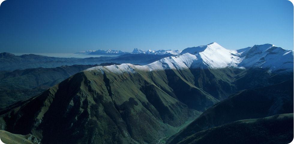 Terremoto, i parchi nazionali del Gran Sasso e dei Monti Sibillini si mobilitano per le comunità colpite