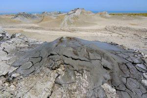 mud-volcanoes-10