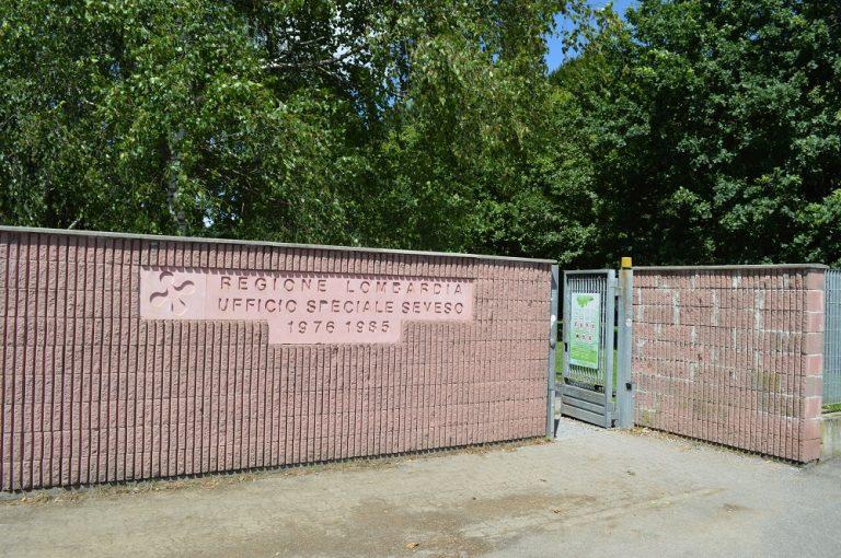 L'entrata del parco di Seveso (luglio 2014)