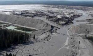 Canada-rottura-Diga-decantazione-disastro-miniera-monte-polley-09