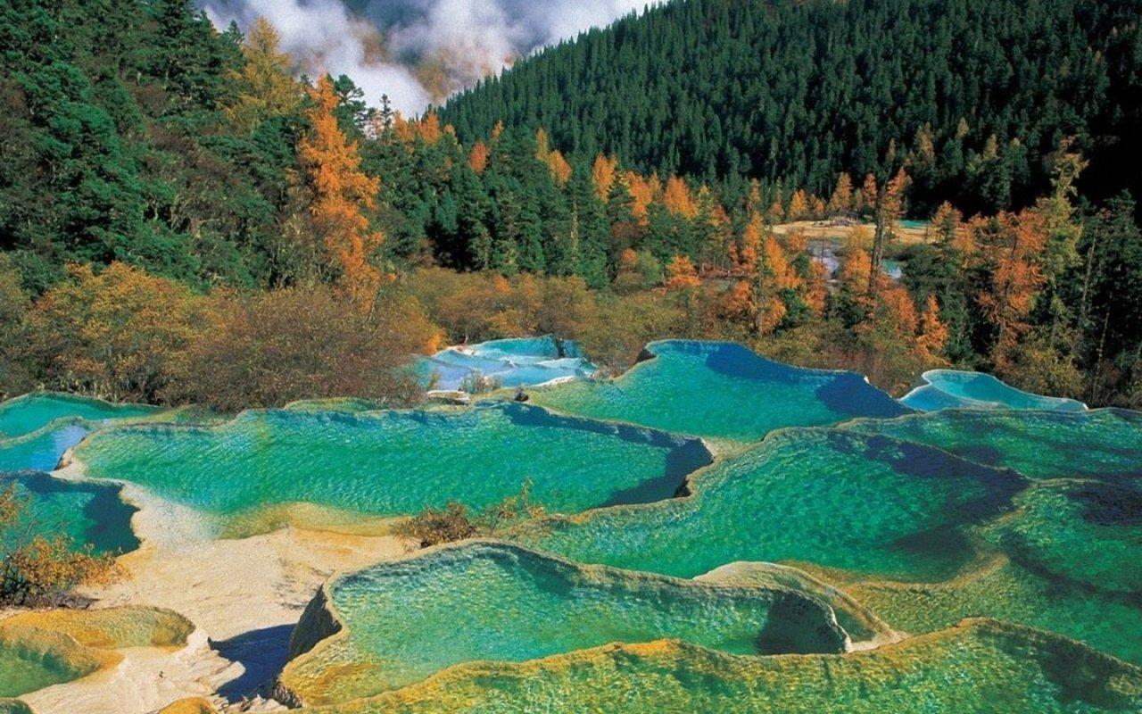 Risultati immagini per Valle del Jiuzhaigou - Cina