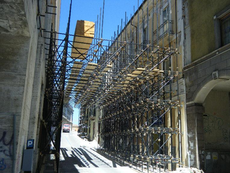 Terremoto l 39 aquila apre il cantiere per i nuovi for Volantino acqua e sapone l aquila