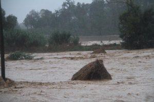 Maltempo:Maremma;torrente Elsa travolge auto,2 morti
